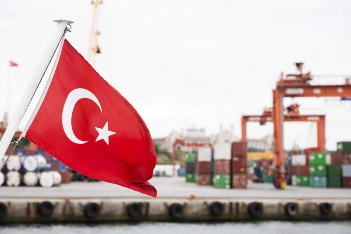 Turkey-flag-trading-harbour-commercial-dock
