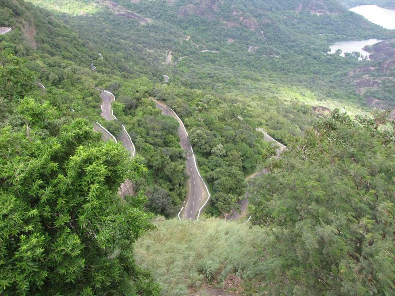 Pollachi_to_Valparai_Road[1]