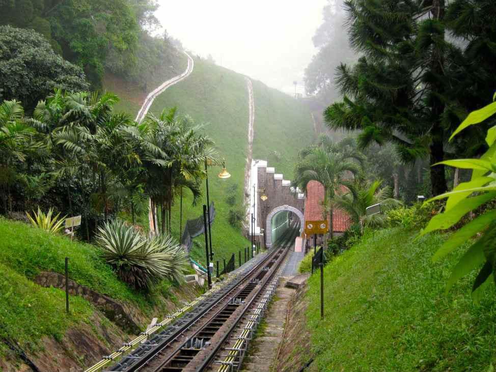 penanag Mountain train