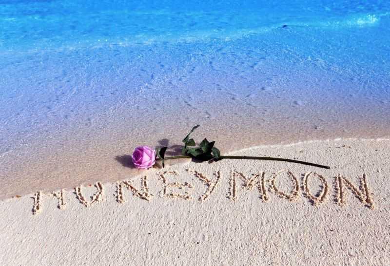 Honeymoon 5 stars00